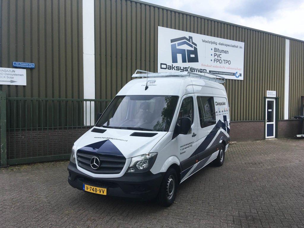 nieuwe bedrijfswagen Hendrikx Daksystemen